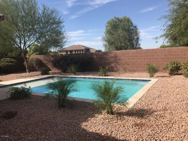 3718 E VALLEJO Drive, Gilbert, AZ 85298