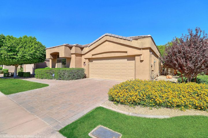 8620 E TUCKEY Lane, Scottsdale, AZ 85250
