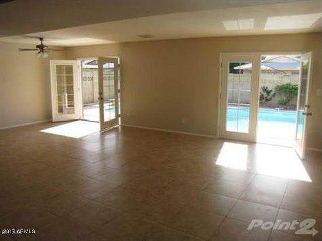3449 W CROCUS Drive, Phoenix, AZ 85053