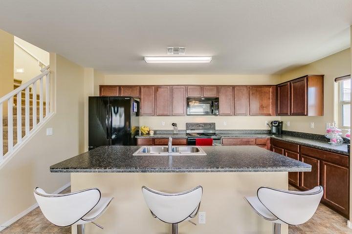 16388 W MORELAND Street, Goodyear, AZ 85338