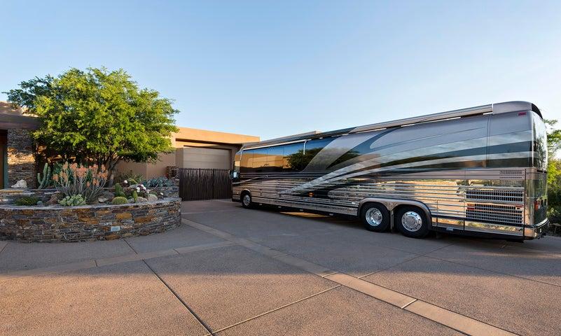 Air Conditioned 50' x 20' Motor Coach Garage or 4+ car garage