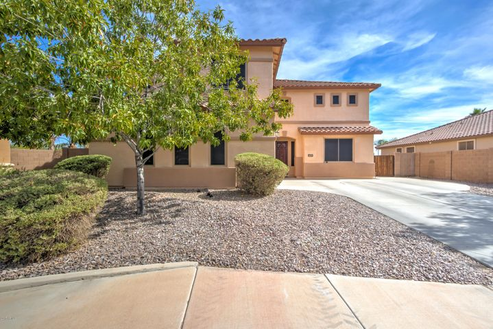 4229 S SQUIRES Lane, Gilbert, AZ 85297