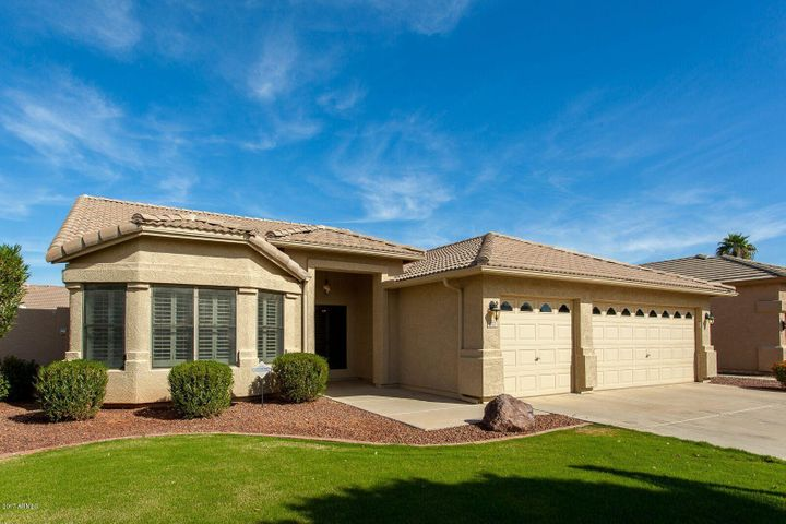 1302 W BARTLETT Way, Chandler, AZ 85248