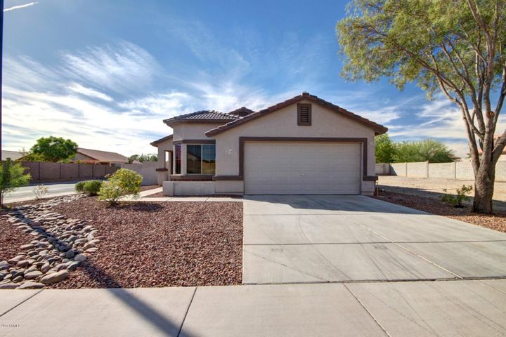 24779 W WAYLAND Drive, Buckeye, AZ 85326
