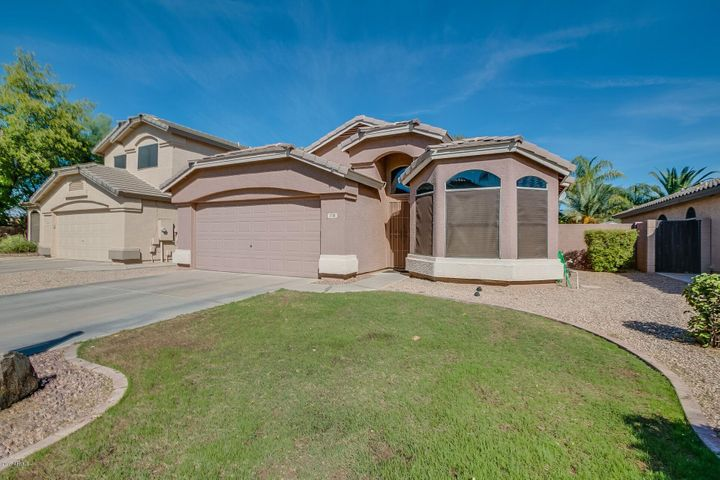 1718 E PONY Lane, Gilbert, AZ 85295