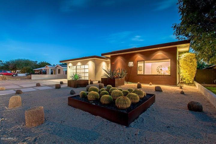 3217 E CAMPBELL Avenue, Phoenix, AZ 85018