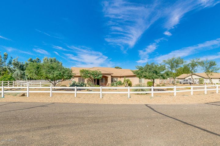 6320 N 172ND Lane, Waddell, AZ 85355