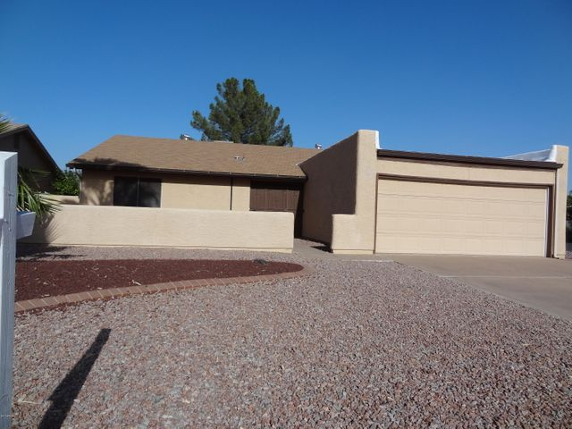 9405 E FAIRWAY Boulevard, Sun Lakes, AZ 85248