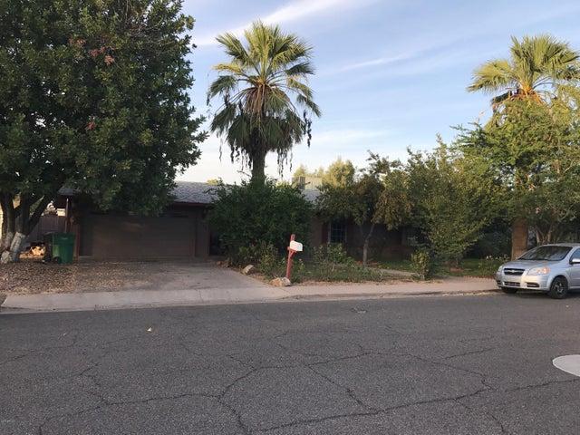 2440 E FOUNTAIN Street, Mesa, AZ 85213