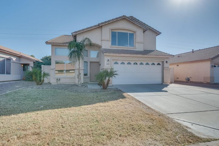 685 N JOSHUA TREE Lane, Gilbert, AZ 85234