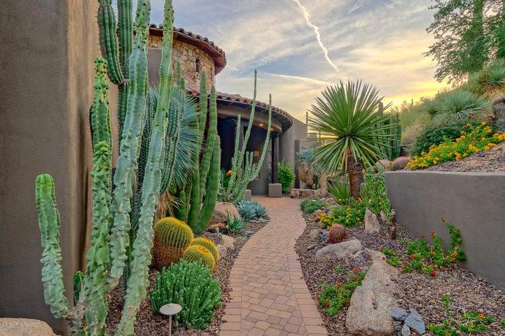 35426 N RIDGEWAY Drive, Carefree, AZ 85377