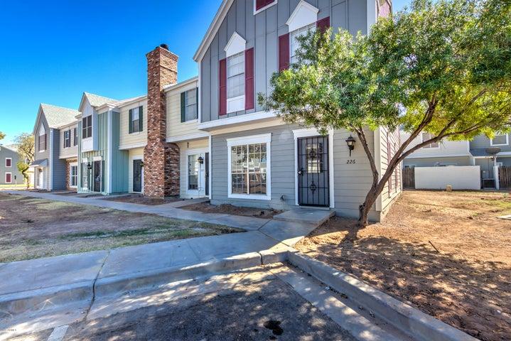1600 N SABA Street, 226, Chandler, AZ 85225