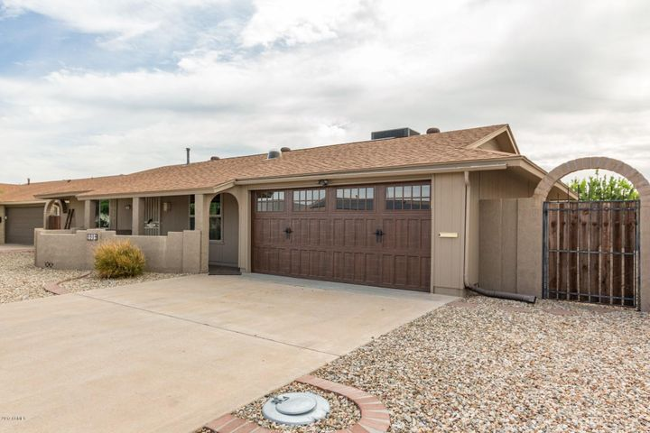 9904 W DESERT FOREST Circle, Sun City, AZ 85351