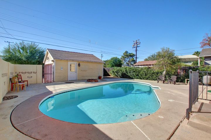 1301 W WILLETTA Street, Phoenix, AZ 85007