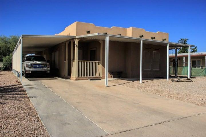 1468 S LAWSON Drive, Apache Junction, AZ 85120