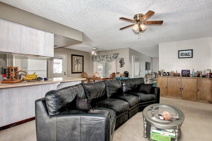1522 W PLANA Avenue, Mesa, AZ 85202
