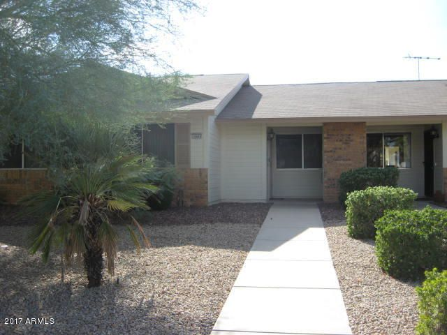 GREAT LOCATION~LITE, BRITE AND MOVE-IN READY