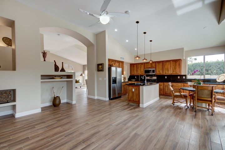 15014 N 54TH Place, Scottsdale, AZ 85254