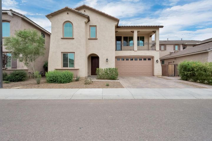 127 E CANYON Way, Chandler, AZ 85249