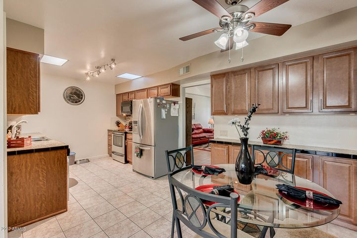 10020 W ROYAL OAK Road, M, Sun City, AZ 85351