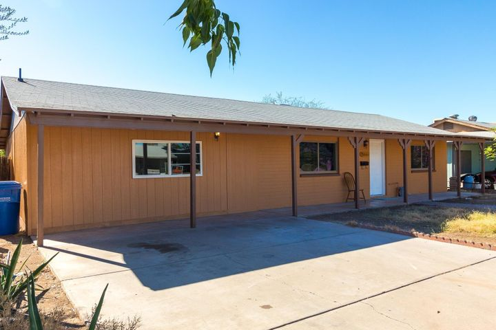 5511 W WINDSOR Avenue, Phoenix, AZ 85035
