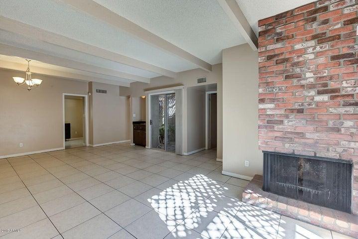 1629 E GARDENIA Avenue, Phoenix, AZ 85020