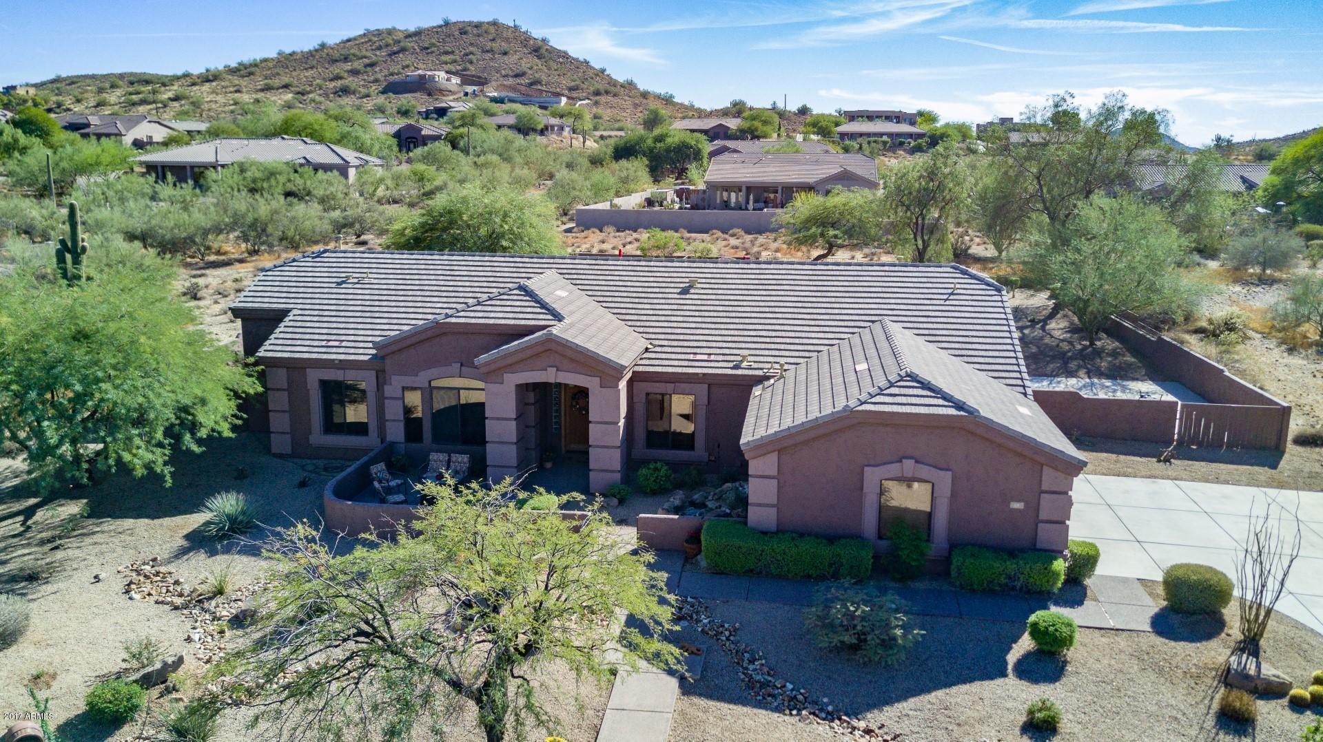 13 E SAGEBRUSH Drive, Phoenix, AZ 85085