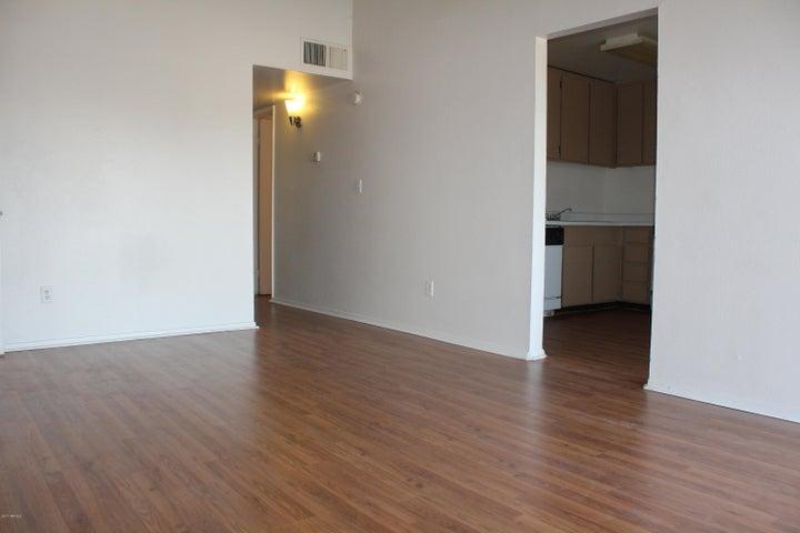 3421 W DUNLAP Avenue, 202, Phoenix, AZ 85051