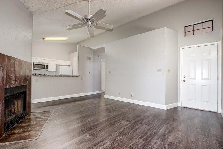 5230 E BROWN Road, 202, Mesa, AZ 85205