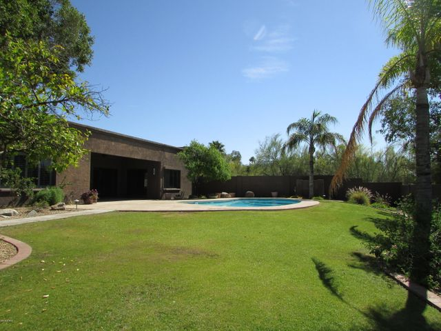 Landscape and pool service are included in the rent.