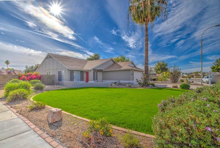 5527 W WHITTEN Street, Chandler, AZ 85226