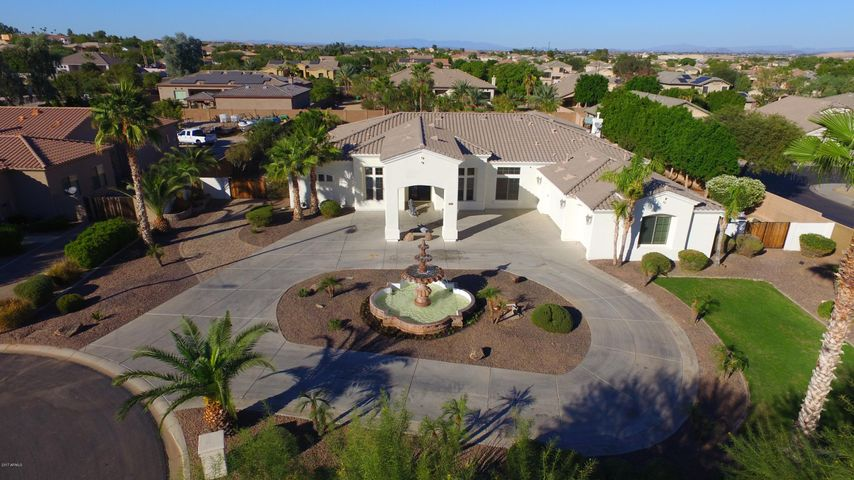 12654 W SAN JUAN Court, Litchfield Park, AZ 85340
