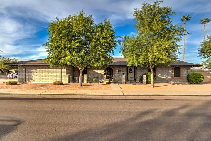 2060 E FOUNTAIN Street, Mesa, AZ 85213
