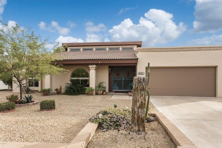 3921 W SHARON Avenue, Phoenix, AZ 85029