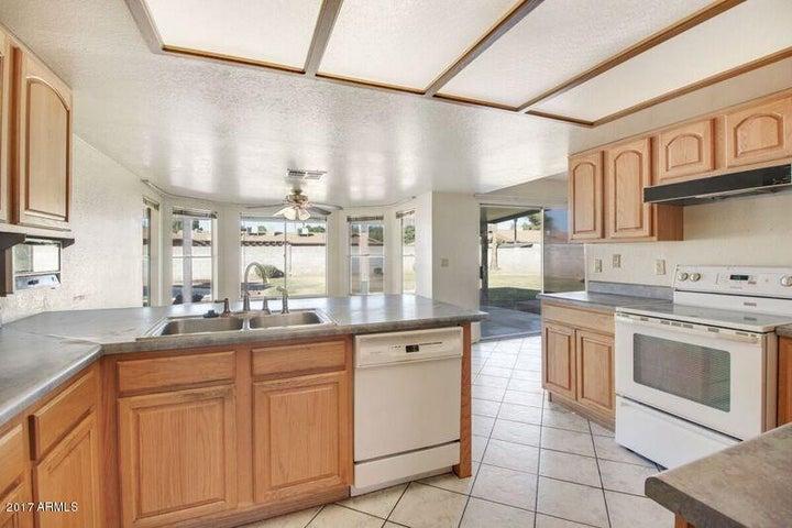 3018 W KERRY Lane, Phoenix, AZ 85027
