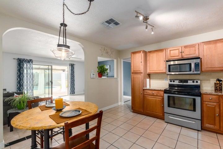 514 N 72ND Place, Scottsdale, AZ 85257