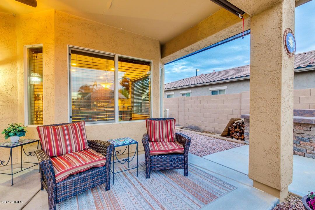 683 E LAS COLINAS Place, Chandler, AZ 85249