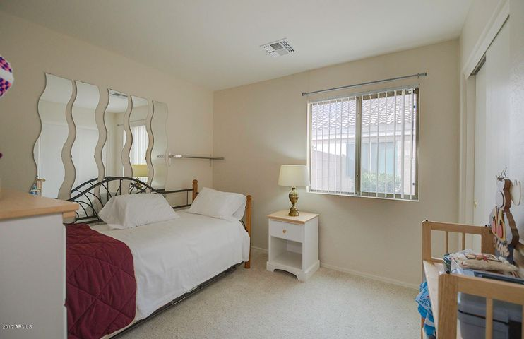 1661 E CARDINAL Drive, Casa Grande, AZ 85122
