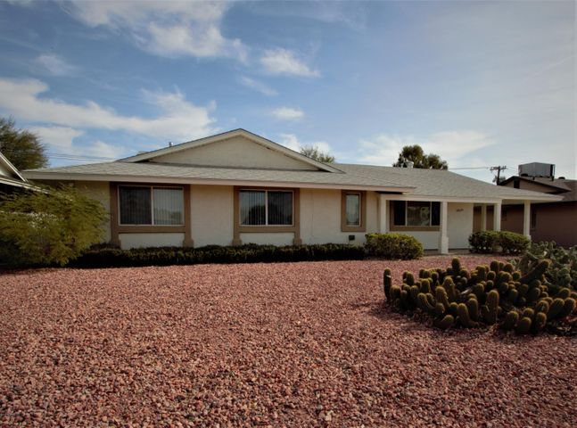 11619 N 103RD Avenue, Sun City, AZ 85351