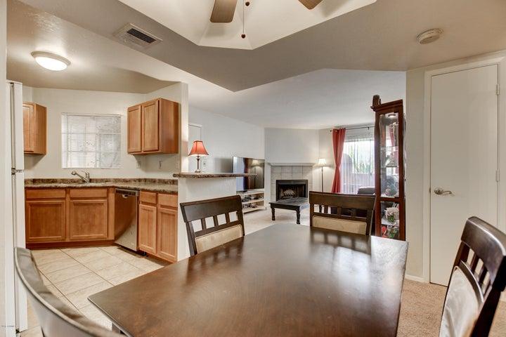 3845 E GREENWAY Road, 114, Phoenix, AZ 85032