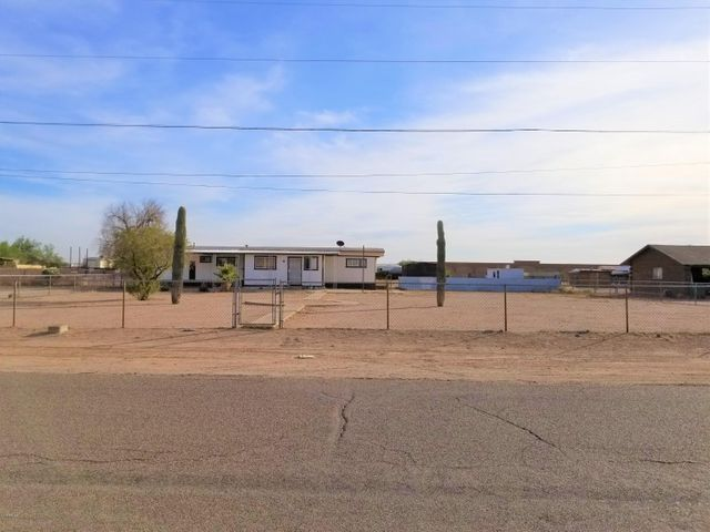 625 E 26TH Avenue, Apache Junction, AZ 85119