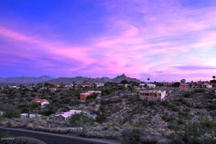 Jaw dropping views of Red Rock Mountain!