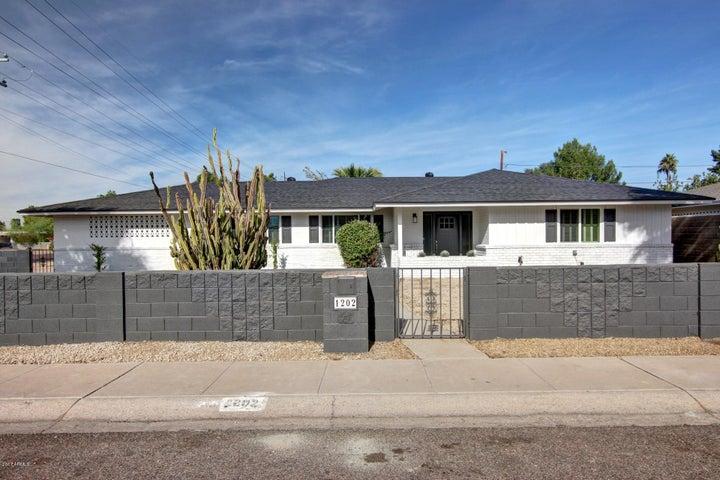 1202 E NICOLET Avenue, Phoenix, AZ 85020