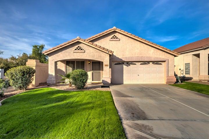 654 N HORNE Street, Gilbert, AZ 85233