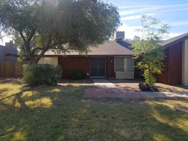 2435 W PARADISE Lane, Phoenix, AZ 85023