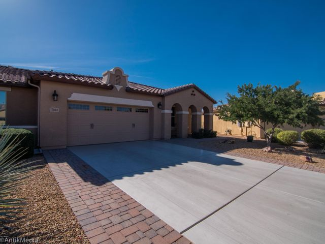 17615 W CEDARWOOD Lane, Goodyear, AZ 85338