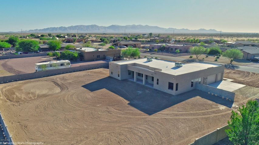28419 N Rambling Rock Court, Wittmann, AZ 85361