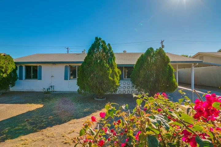 8215 W CHEERY LYNN Road, Phoenix, AZ 85033