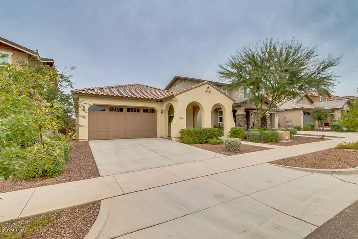 2096 N HERITAGE Street, Buckeye, AZ 85396