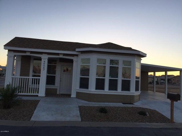 40606 N GREEN Street, San Tan Valley, AZ 85140